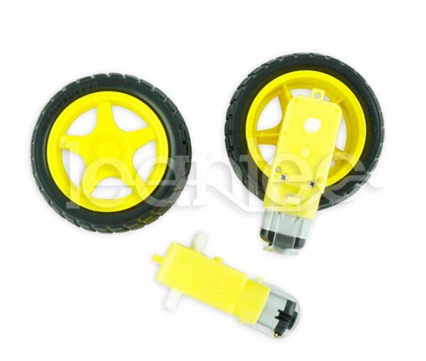 Pareja de ruedas con reductora para robot.