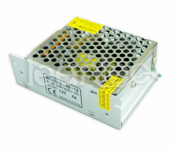 Fuente de alimentación de 12V y 50W