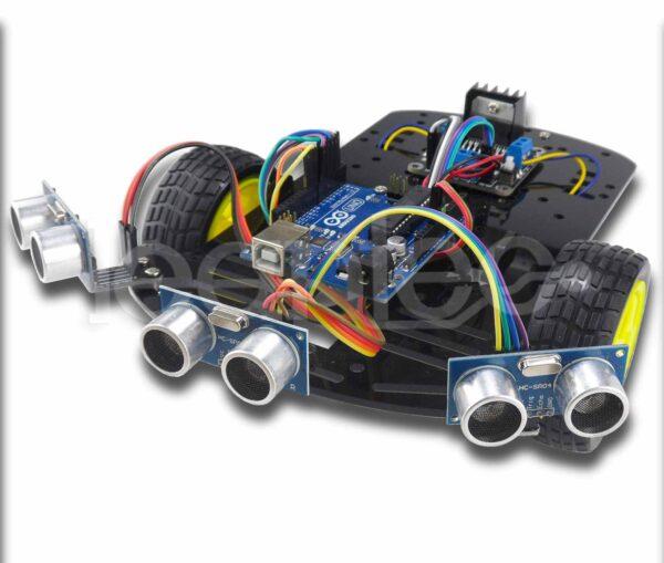 Robot 2WD esquiva objetos con tres sensores