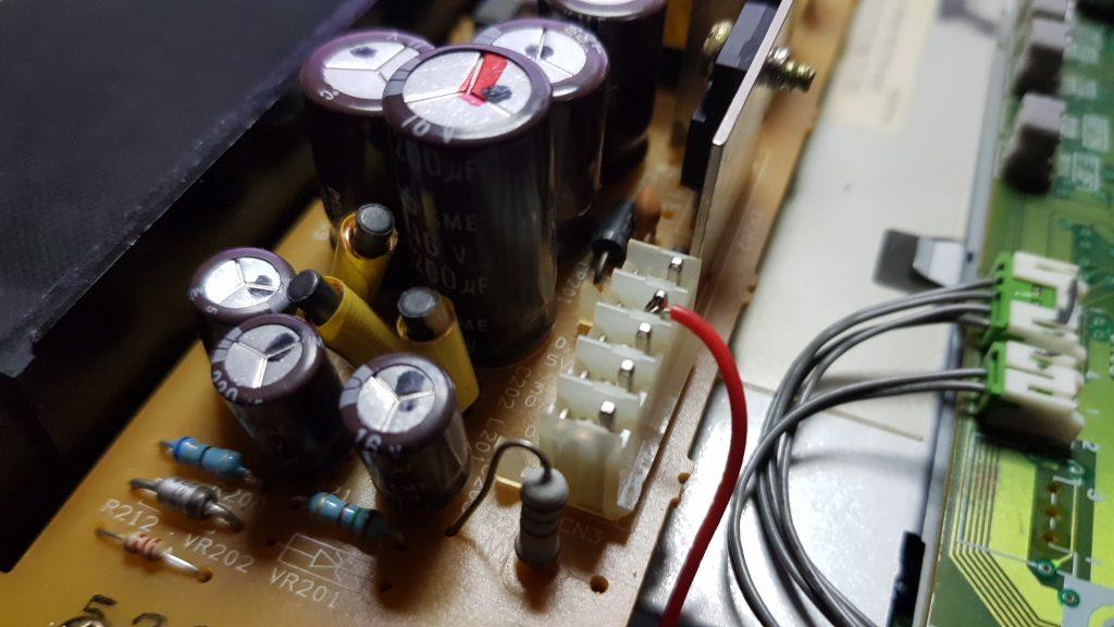 PIN 5V Fuente de alimentacion CHIP 21P JVC P608 leantec